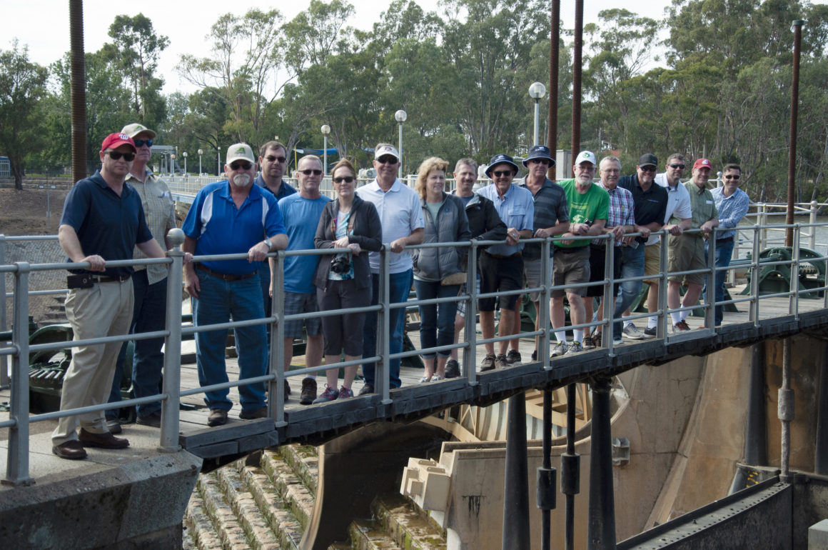 Photo of tour group standing on Goulburn Weir